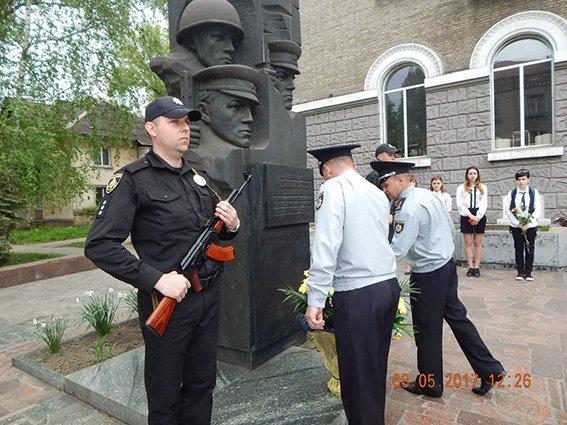 В Каменском отметили День памяти и примирения, фото-3