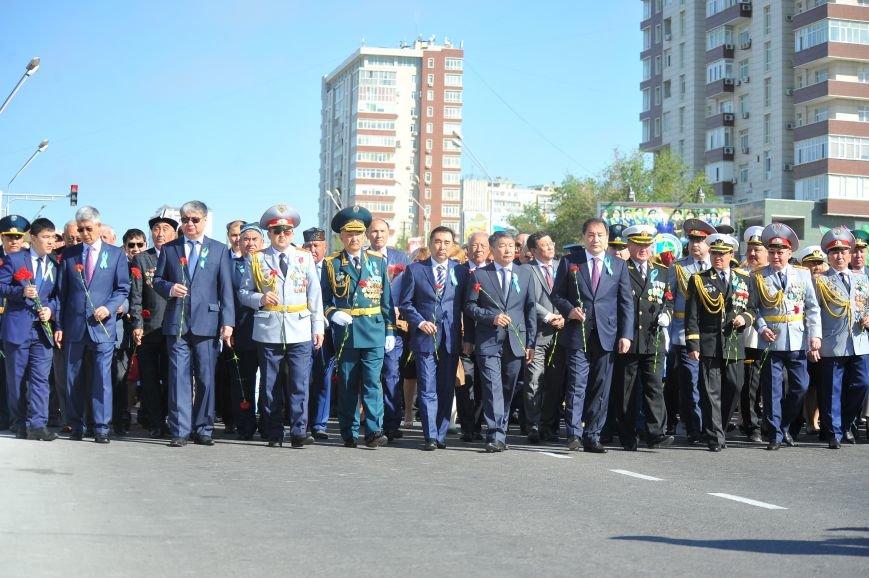 Бессмертный полк Актау собрал более 4 000 человек, фото-4