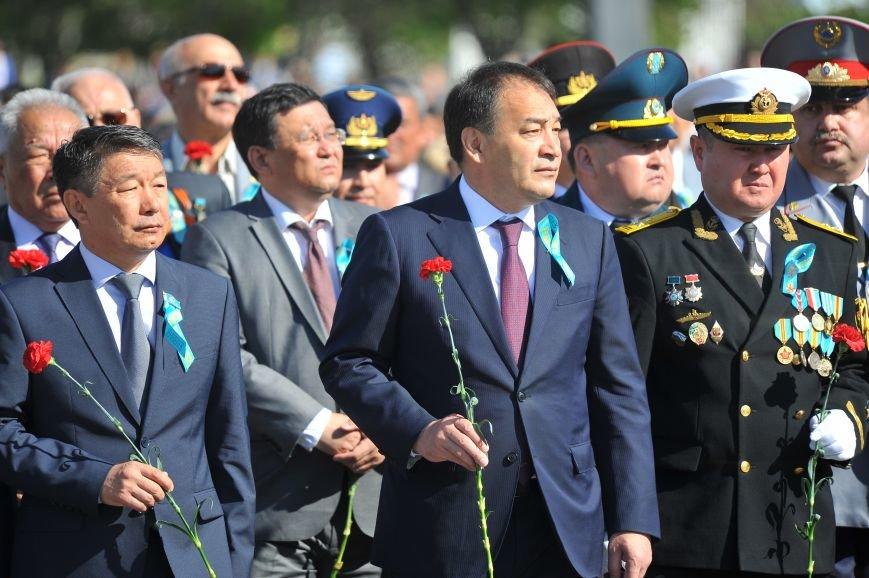 Бессмертный полк Актау собрал более 4 000 человек, фото-3