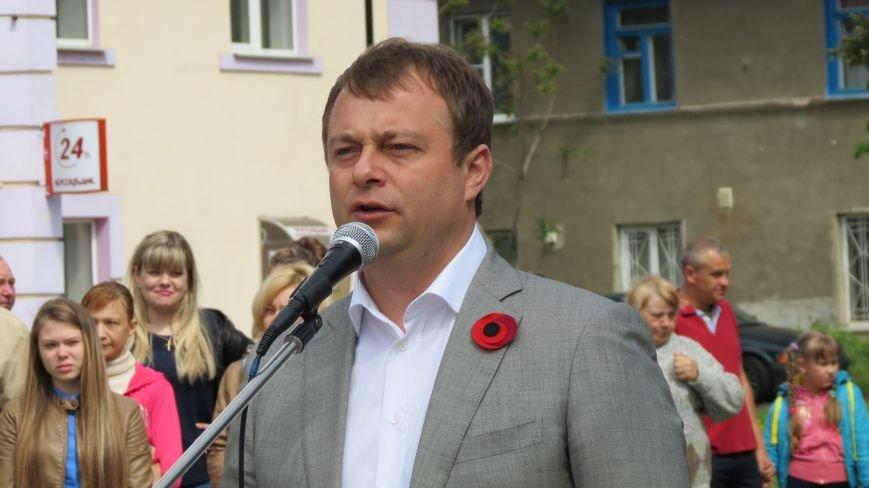 Праздник со слезами на глазах: в Покровске отметили День Победы, фото-5