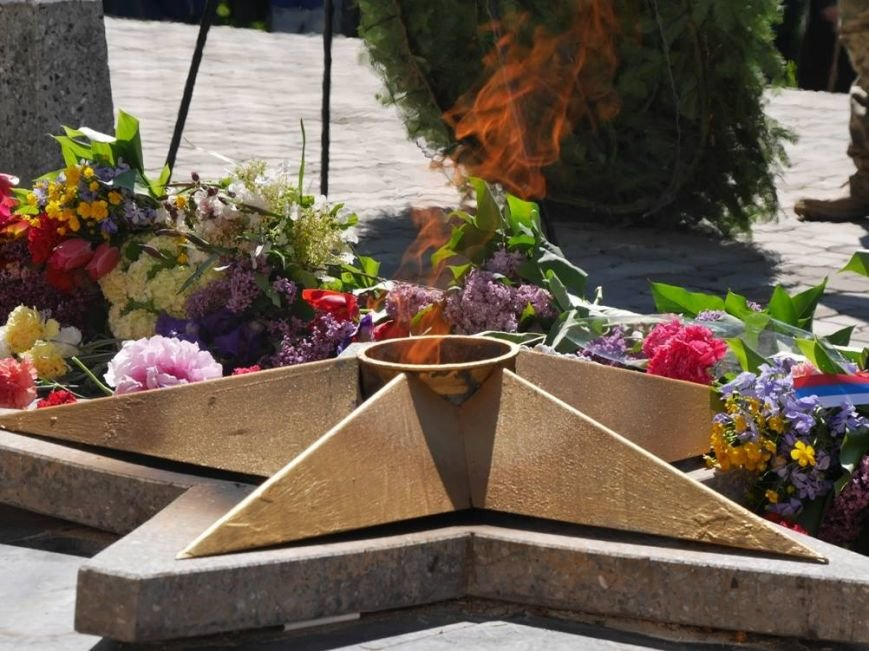Як в Ужгороді відзначили День Перемоги над нацизмом: фото, фото-5