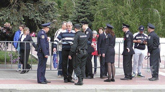 У Дніпрі біля Пам'ятника Слави стався конфлікт: 14 людей постраждали, фото-1