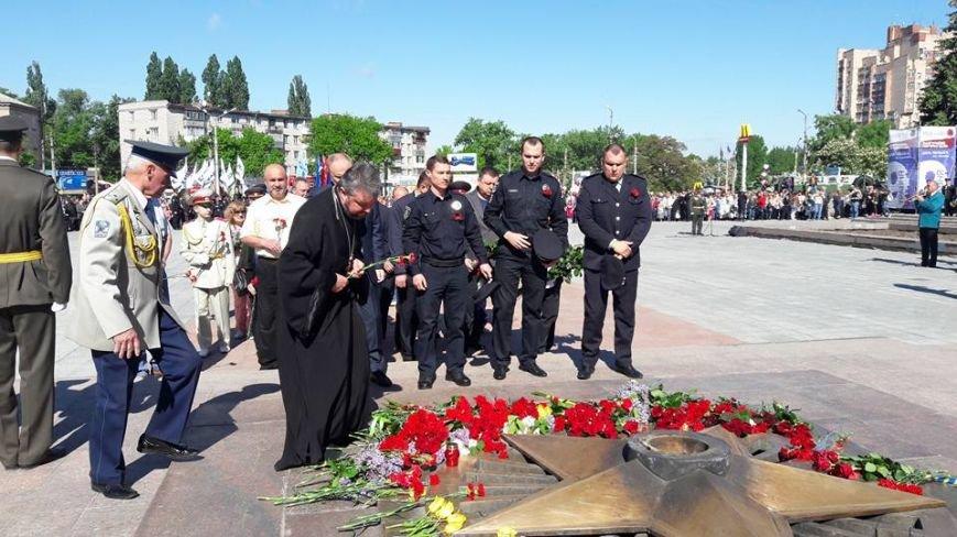 В Кременчуге торжественные мероприятия Дня Победы прошли без провокаций и нарушений общественного порядка, фото-1