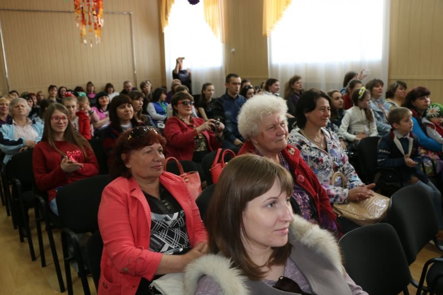 В Бахмуте провели благотворительный концерт в поддержку Анастасии Рыбальченко, фото-15