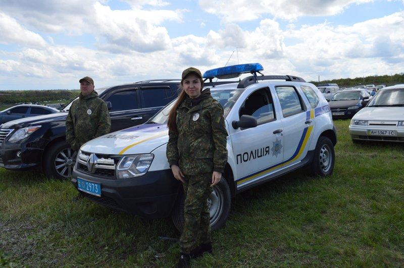 Сотрудники полиции обеспечили общественную безопасность во время чемпионата Украины по мотокроссу, фото-1