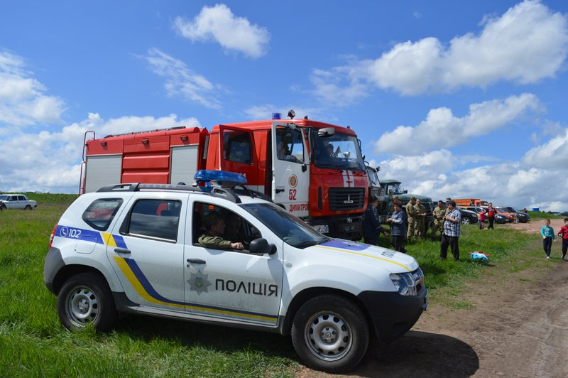 Сотрудники полиции обеспечили общественную безопасность во время чемпионата Украины по мотокроссу, фото-2