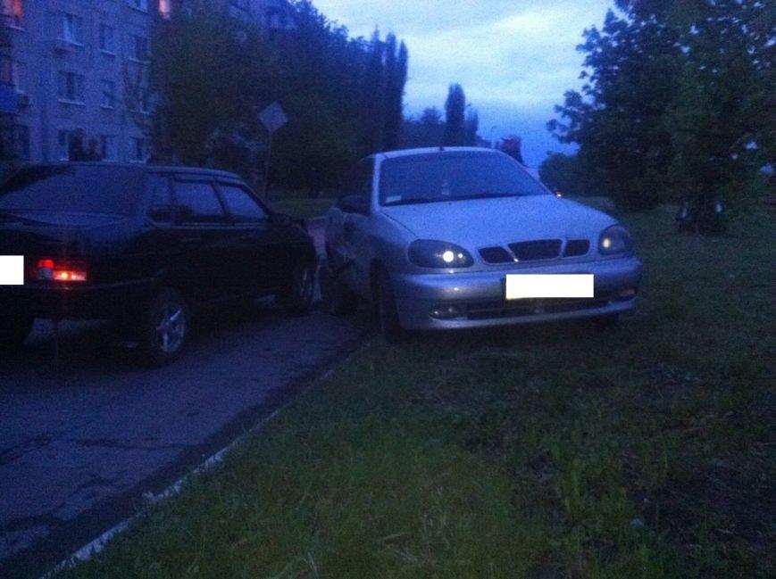 В Мирнограде произошло тройное ДТП: есть пострадавшие (ДОБАВЛЕНО ФОТО), фото-1