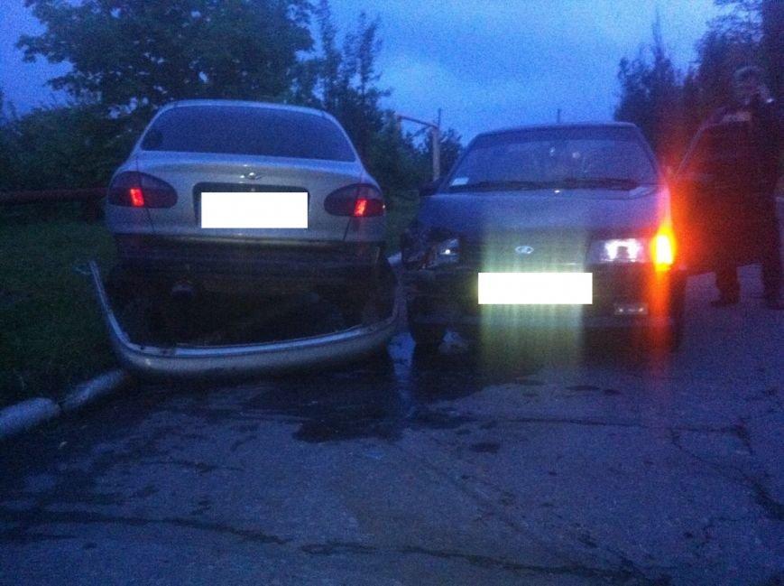 В Мирнограде произошло тройное ДТП: есть пострадавшие (ДОБАВЛЕНО ФОТО), фото-3