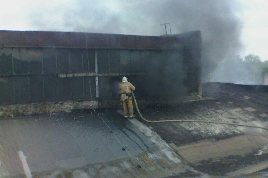В Харькове горело предприятие по переработке резиновых отходов (ФОТО), фото-1