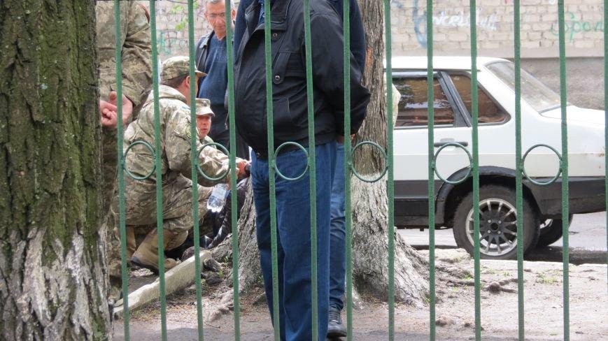 В Покровске во время митинга парень потерял сознание, фото-2