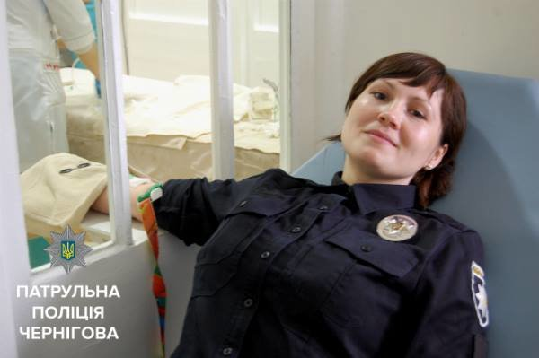 Черниговские копы сдали кровь для пострадавших в ДТП, фото-4