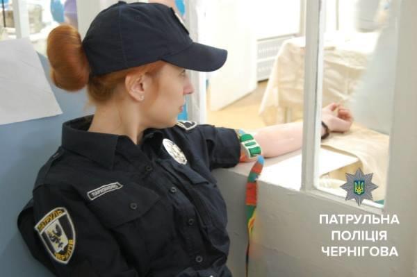 Черниговские копы сдали кровь для пострадавших в ДТП, фото-6