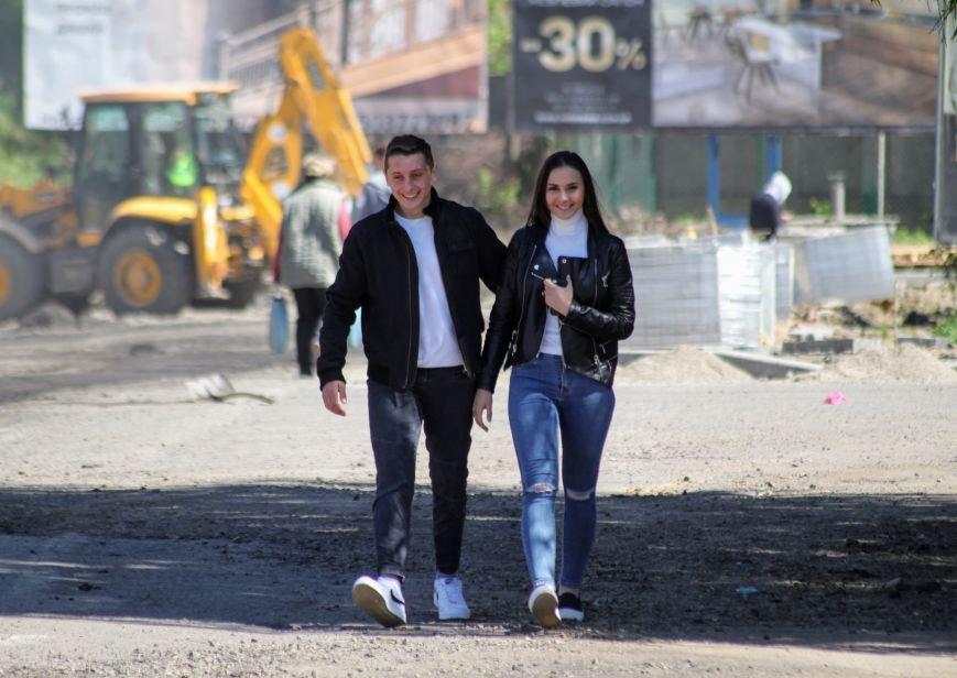 Мільйон гривень за нову дорогу і бруківку під переїздом: як ремонтують вулицю Антонівську (ФОТОРЕПОРТАЖ), фото-4