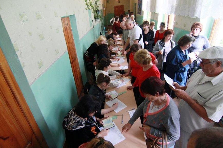 Годовщина псевдореферендума в Донбассе: как это было, - ФОТО, фото-6