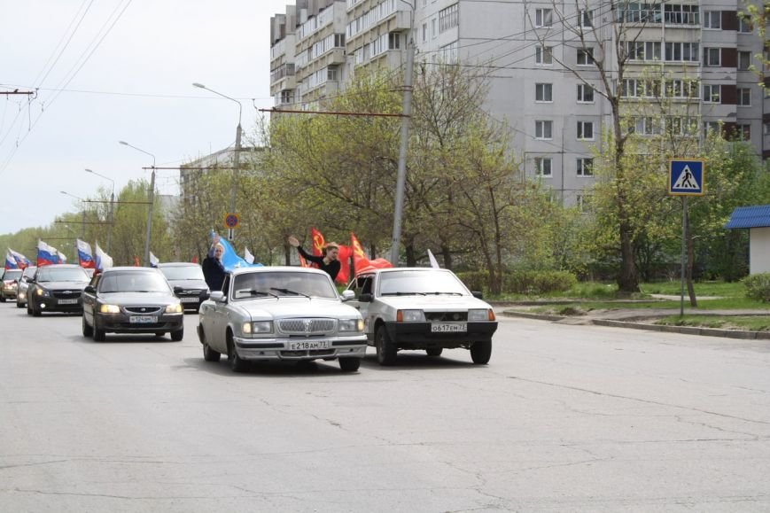 810 автомобилей проехались по Ульяновску в честь Дня Победы. ФОТО, фото-8