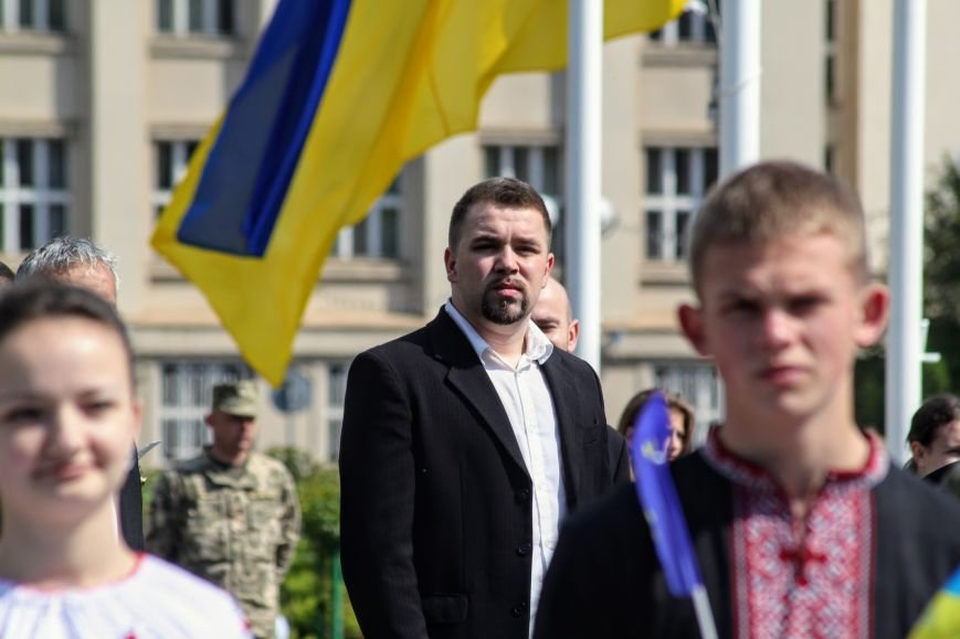 Ужгород відсвяткував ухвалення безвізу швидше за Президента: фоторепортаж, фото-11