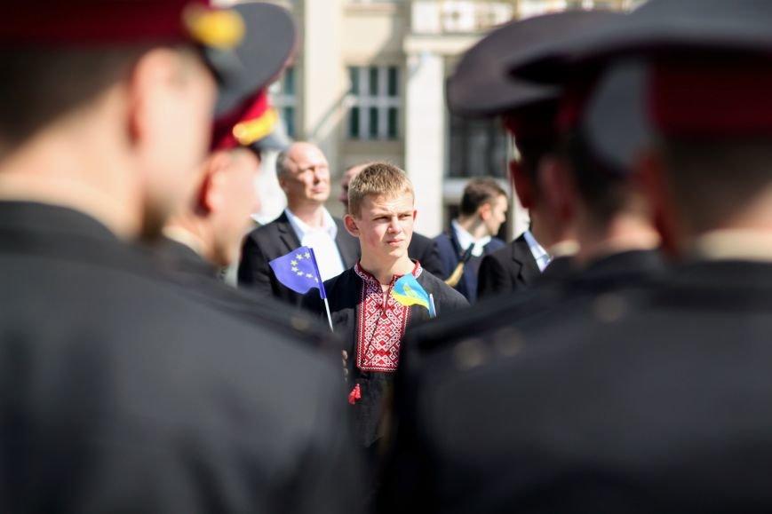 Ужгород відсвяткував ухвалення безвізу швидше за Президента: фоторепортаж, фото-4