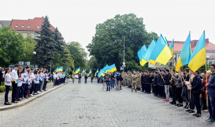 Ужгород відсвяткував ухвалення безвізу швидше за Президента: фоторепортаж, фото-9