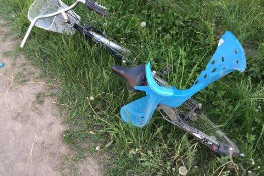 На Закарпатті каміон на швидкості збив 27-річну велосипедистку - дівчина померла на місці: фото, фото-2