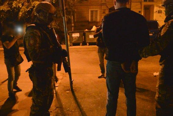 Одесская полиция: Вместо того, что бы арестовать всех авторитетов сразу, взяли одного (ФОТО, ВИДЕО), фото-1
