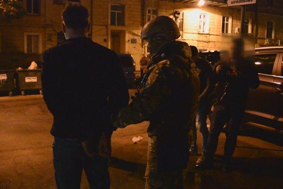 Одесская полиция: Вместо того, что бы арестовать всех авторитетов сразу, взяли одного (ФОТО, ВИДЕО), фото-4