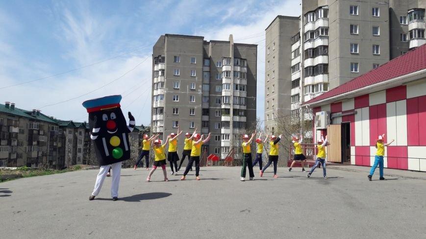 Холмские автоинспекторы провели акцию «Сохрани жизнь! Сбавь скорость», фото-1