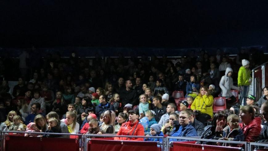 Италия приехала в Покровск: всемирно известный цирк «Кобзов» подарил горожанам 2 часа незабываемых эмоций, фото-32