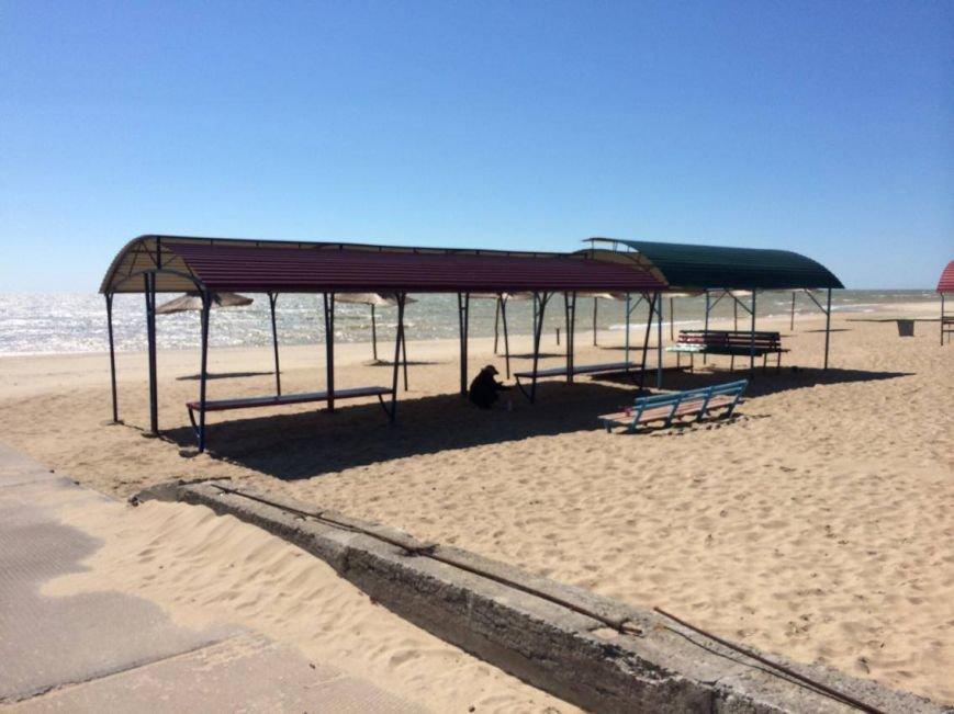 Военные передумали уходить с пляжа пос. Песчаный в Мариуполе (ФОТО, ВИДЕО), фото-10
