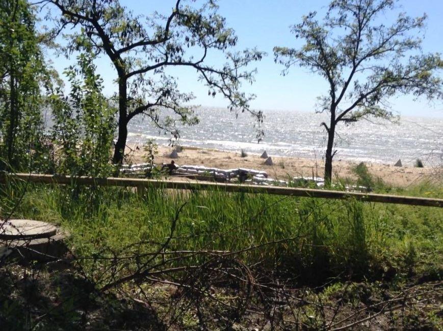 Военные передумали уходить с пляжа пос. Песчаный в Мариуполе (ФОТО, ВИДЕО), фото-1