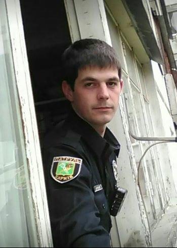 Жестоко избитого в Харькове патрульного будут лечить за границей, фото-1