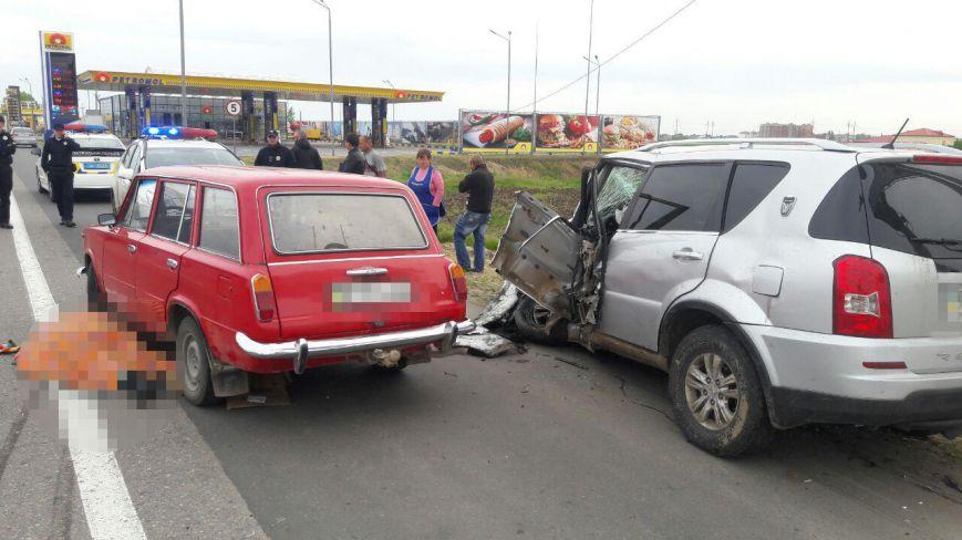 Страшная авария из четырех авто при въезде в Одессу унесла жизнь одного водителя (ФОТО), фото-3
