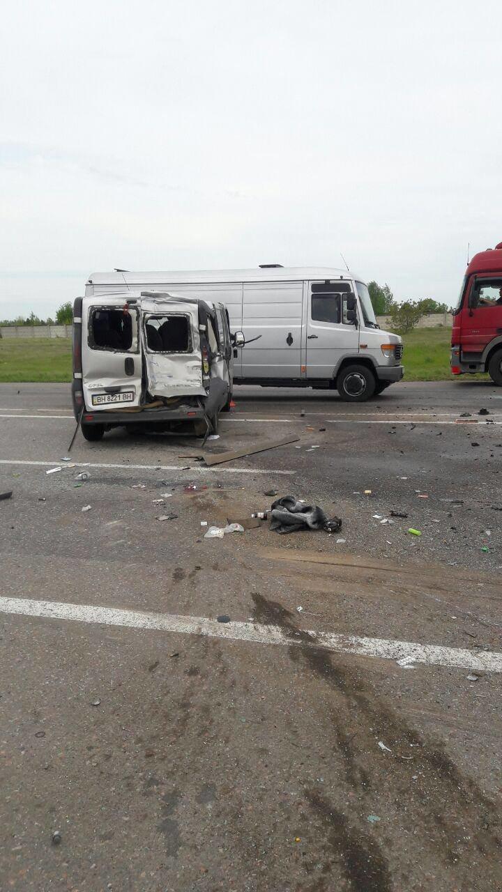 Страшная авария из четырех авто при въезде в Одессу унесла жизнь одного водителя (ФОТО), фото-6