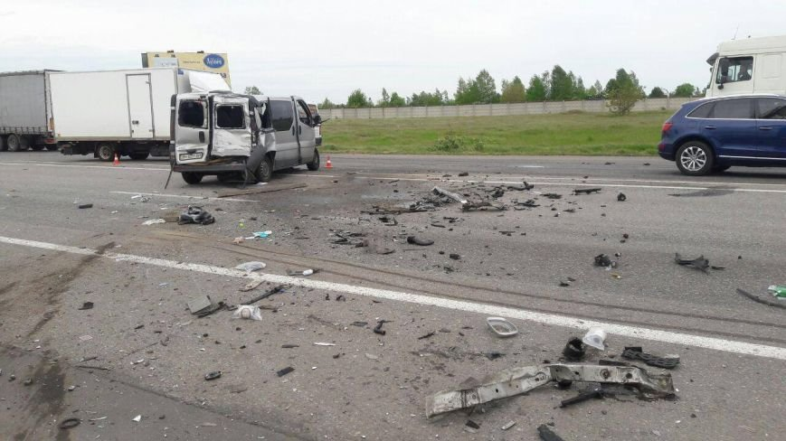 Страшная авария из четырех авто при въезде в Одессу унесла жизнь одного водителя (ФОТО), фото-1