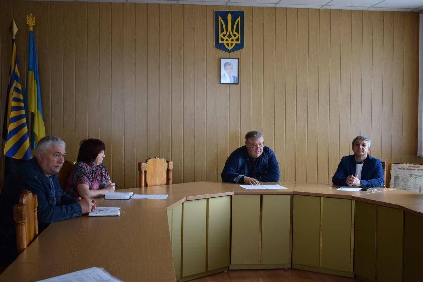 Директор центру зайнятості Покровська доповів інформацію про виїзні акції до сільських рад, фото-1
