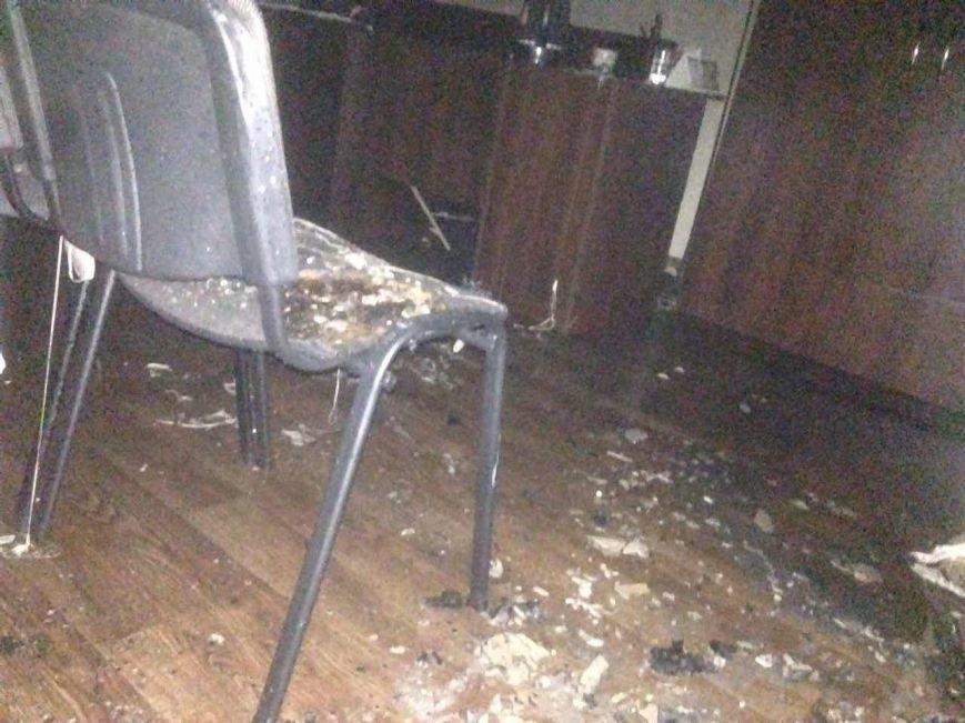 В Днепропетровской области подожгли ещё два офиса «Оппозиционного блока» (ФОТО), фото-2
