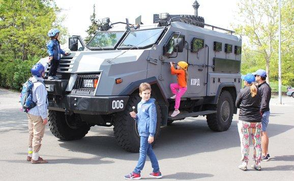 Силовики и спасатели продемонстрировали мощь в одесском парке (ВИДЕО, ФОТО), фото-3