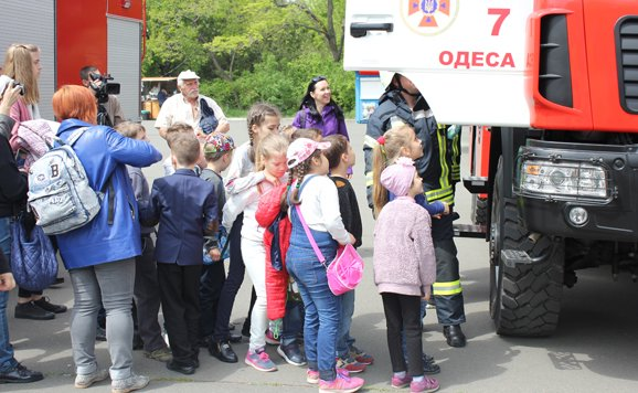 Силовики и спасатели продемонстрировали мощь в одесском парке (ВИДЕО, ФОТО), фото-9