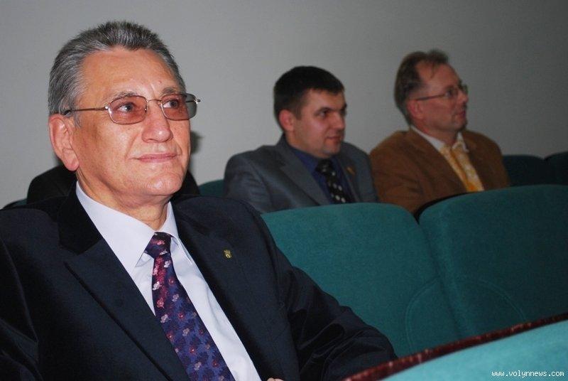 Євген Мельник