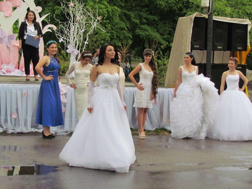 Павлоградские невесты устроили дефиле, фото-8