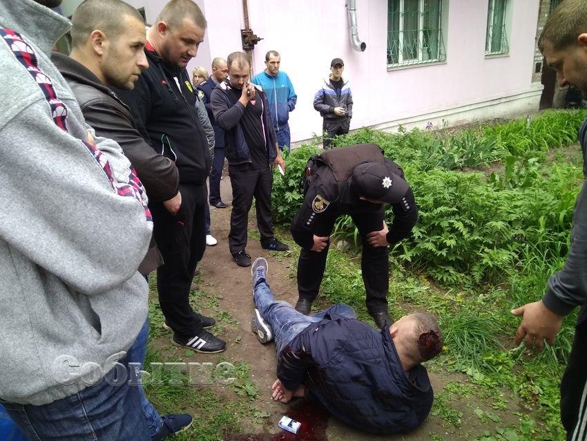 На Днепропетровщине таксисту прострелили обе ноги (ФОТО, ВИДЕО), фото-1