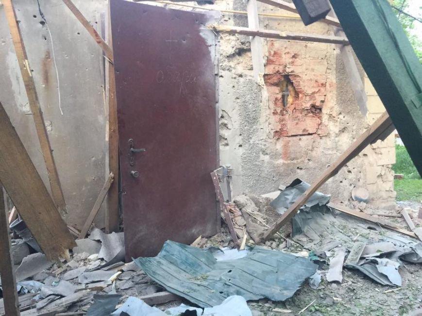 Сепаратисты обстреляли мирные кварталы Авдеевки: погибли четыре человека, один ранен, двое детей остались сиротами (ФОТО), фото-2