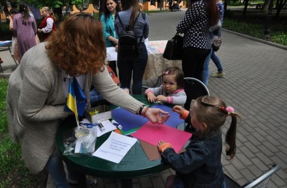 В Бахмуте прошли мероприятия по случаю Дня Европы в Украине (ФОТО), фото-4