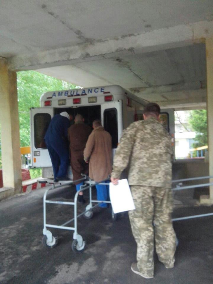 В госпиталь Харькова привезли бойцов с разными травмами и ранениями (ФОТО), фото-2