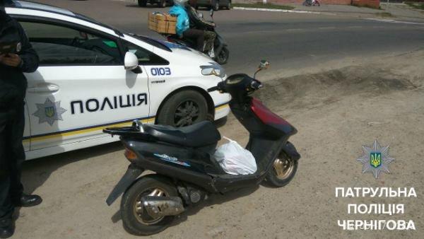 Черниговский патрульные обнаружили сомнительный скутер, фото-2