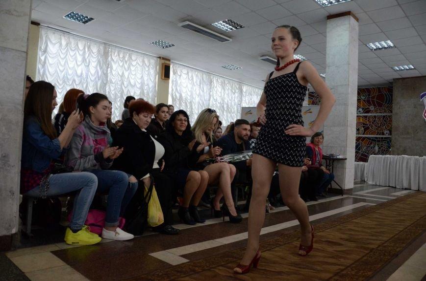 В Каменском наградили юных дизайнеров одежды, фото-13