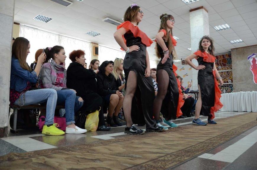 В Каменском наградили юных дизайнеров одежды, фото-16