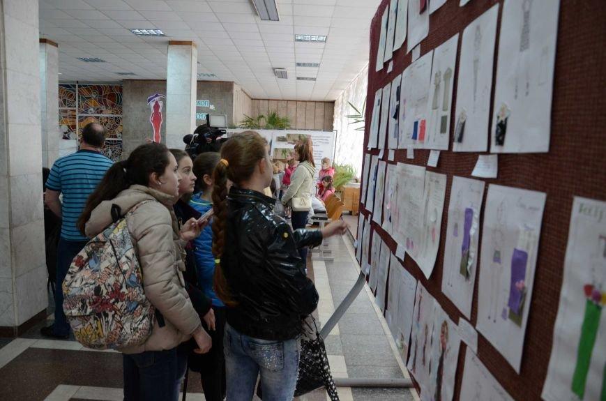 В Каменском наградили юных дизайнеров одежды, фото-3