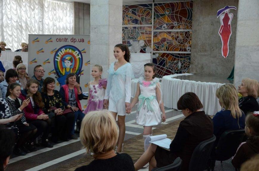 В Каменском наградили юных дизайнеров одежды, фото-22