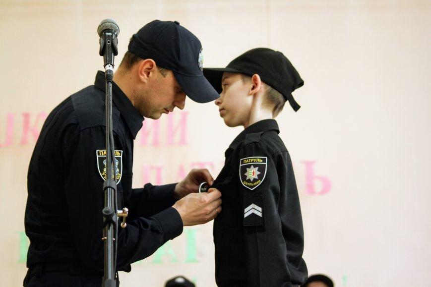 Перший шкільний патруль Ужгорода розпочав свою роботу в угорській ЗОШ №10: фоторепортаж, фото-16