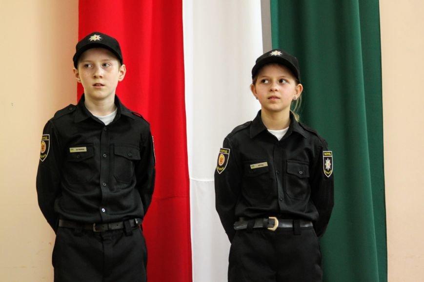 Перший шкільний патруль Ужгорода розпочав свою роботу в угорській ЗОШ №10: фоторепортаж, фото-14